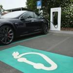 В Москве появились новые парковки только для электромобилей